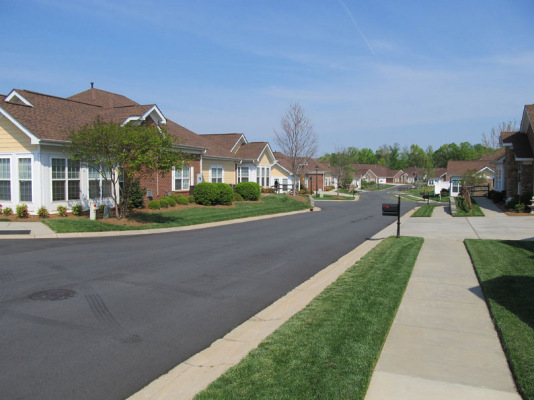 3 reasons to rely on us for your HOA landscaping services